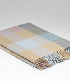 McNutt of Donegal Lambs wool Throw